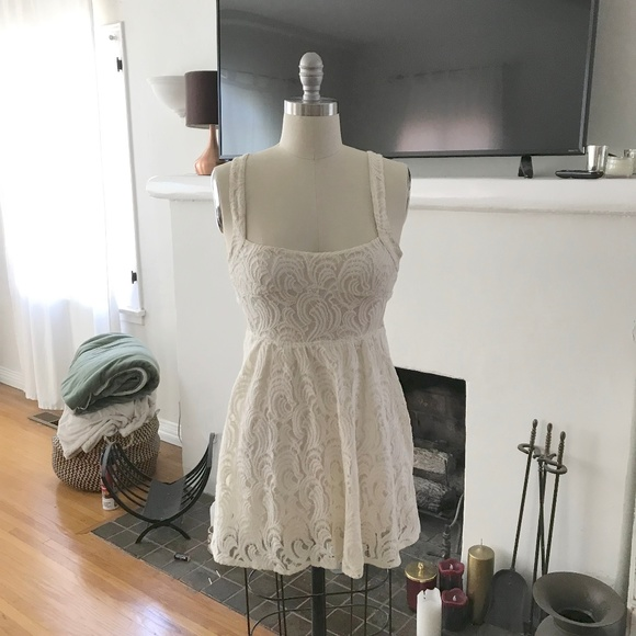 Free People Dresses & Skirts - Ivory Free People Lace Dress, Size 2